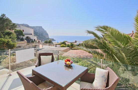 Mallorca: Wunderschönes, renoviertes Duplex-Apartment mit Traummeerblick