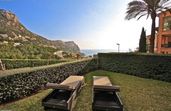 Luxuriöses 2 Schlafzimmer Garten-Apartment mit Meerblick in Port Andratx Mallorca zu verkaufen