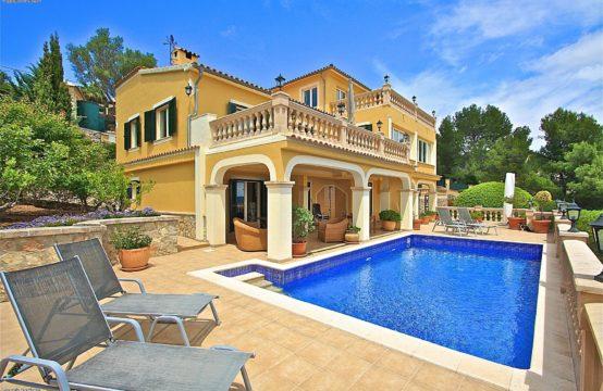SPANISCH Son Font: Traumhaftes Landhaus mit Meerblick oberhalb von Calvià zu verkaufen