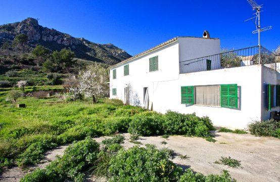Andratx: Finca à rénover dans le meilleur emplacement de la belle vallée d'Andratx à vendre