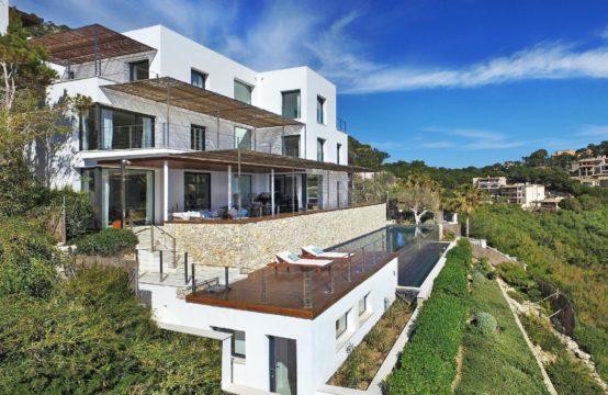 Port Andratx : magnifique villa vue mer et piscine de 13 mètres.