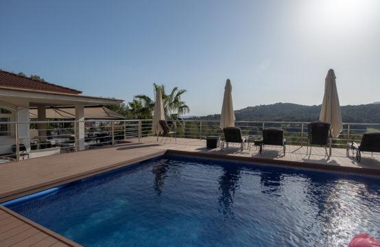 Bendinat: Villa mit Golfblick am königlichen Golfplatz von Bendinat