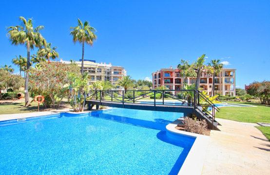 Nova Santa Ponsa: Luxus-Penthouse mit Meerblick in sehr gepflegter Golfresidenz zu verkaufen