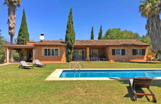 Mallorca: beautiful finca estate with guest house for sale