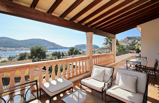 Port Andratx: New build penthouse in walking distance to the port of Andratx with top sea views for sale