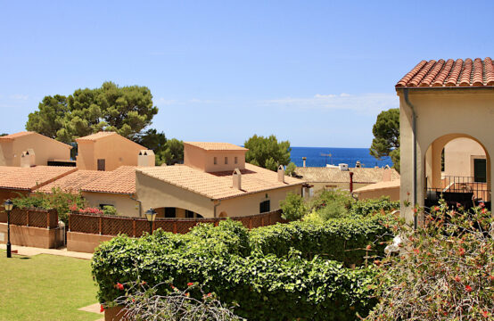 Sant Elm:  Apartment with terraces and garden with sea view in a quiet residence with swimming pool