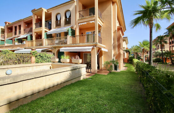 Santa Ponsa: Modern 2-bedroom apartment with garden in a well-kept complex in El Toro for rent