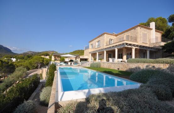 Camp de Mar: Modern-Mediterrane Villa mit 5 Schlafzimmern und 12 m Pool zu verkaufen