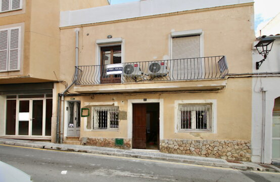 Port Andratx: renovated ground floor apartment in the center for sale