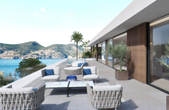 Camp de Mar: Villa project with fantastic sea views for sale in a quiet residential area