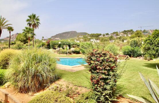 Port Andratx: fantastique jardin-Appartement avec terrasse généreuse à distance de marche du port à vendre